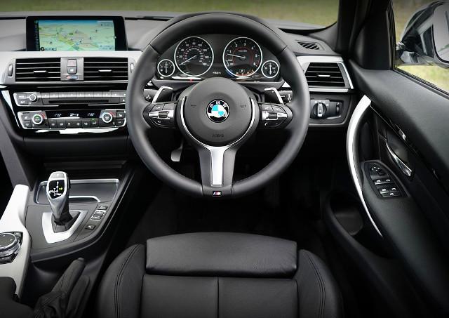 輸入車メーターの設定を変更するならプロテックスへ!ベンツ・ボルボ・BMW・VW・アメ車などの輸入車に対応